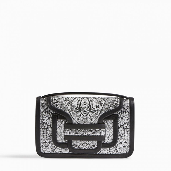 black white PIERRE HARDY ALPHA CLUTCH Factory Outlet